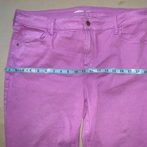Old Navy skinny Jeans Berry pretty color